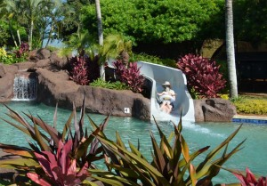 poipu-club-pool-slide